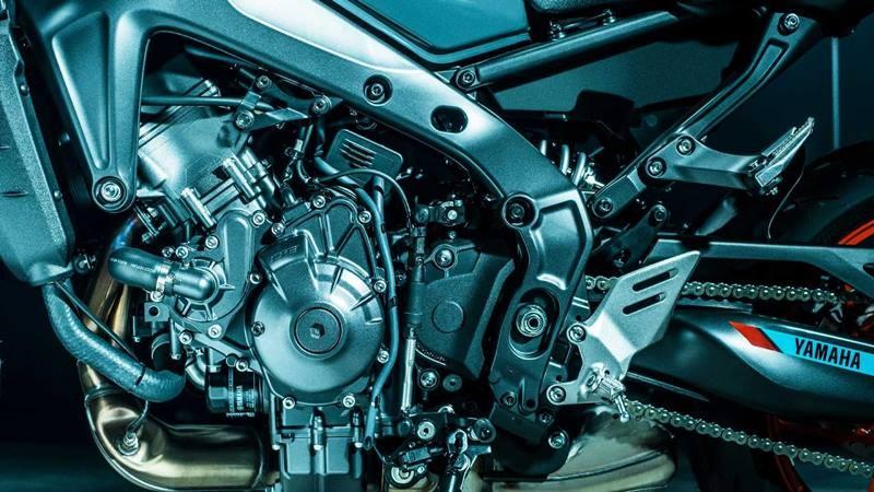 Bộ khung càng mới trên Yamaha MT-09 2021