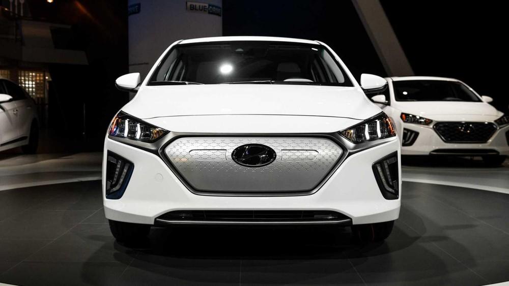 Hyundai hiện đang bị một khách hàng mua xe Ioniq kiện