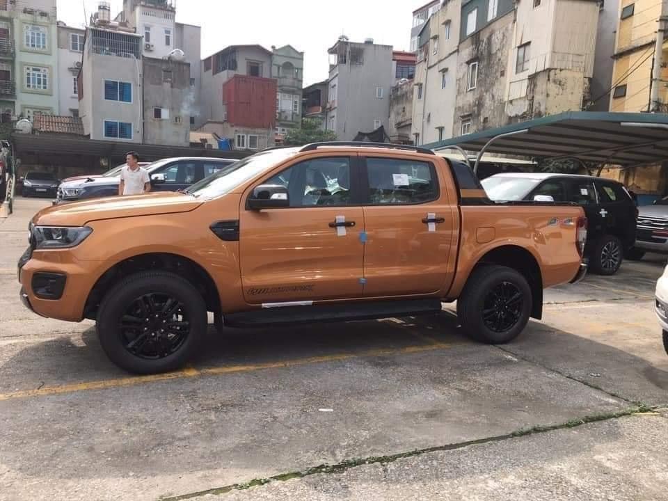 Ford Ranger 2020 đã về tới đại lý tại Việt Nam.