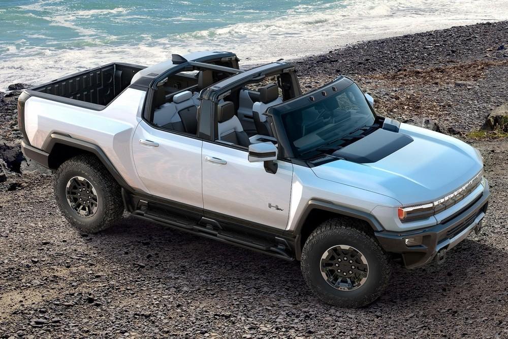 Bản bán tải GMC Hummer EV đang gây ấn tượng mạnh với thiết kế đẹp mắt và nhiều tính năng đột phá