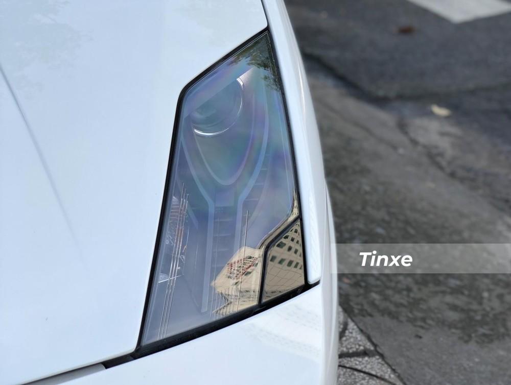 Đèn pha của Lamborghini Gallardo LP570-4 Spyder Performante góc cạnh