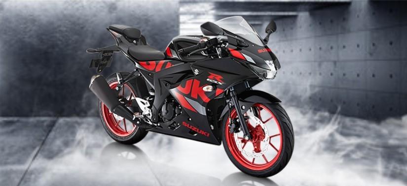 GSX-R150 với màu sơn đỏ đen nổi bật