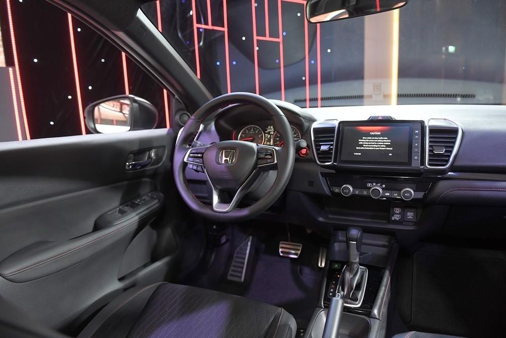 Nội thất Honda City 2021 được nâng cấp về sự tiện nghi.