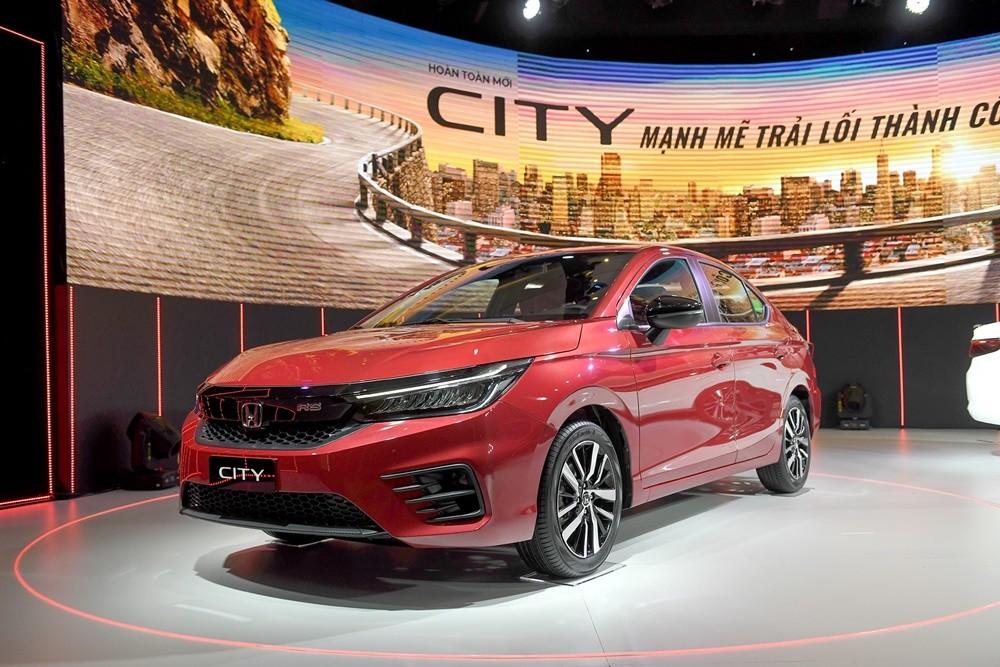 Honda City phiên bản RS có giá 599 triệu đồng.