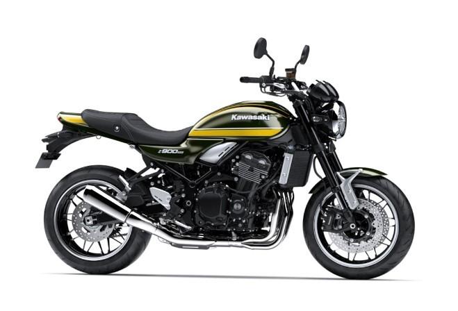 Xe Kawasaki Z900RS màu vàng đen