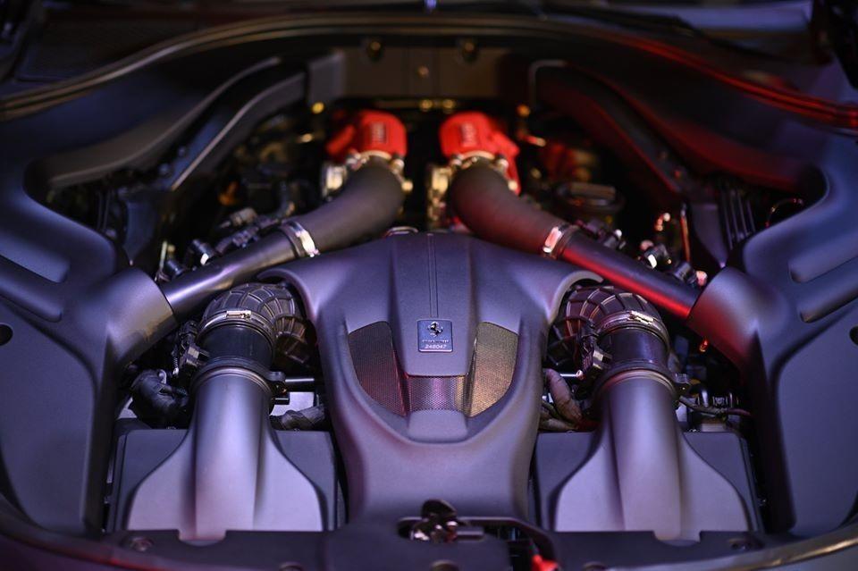 Động cơ siêu xe Ferrari Roma