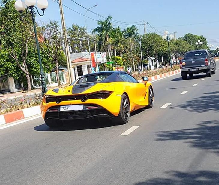 Chiếcsiêu xe mui trần McLaren 720S Spider nàyđược chủ nhân chođăng ký biển số của tỉnh Bà Rịa - Vũng Tàu