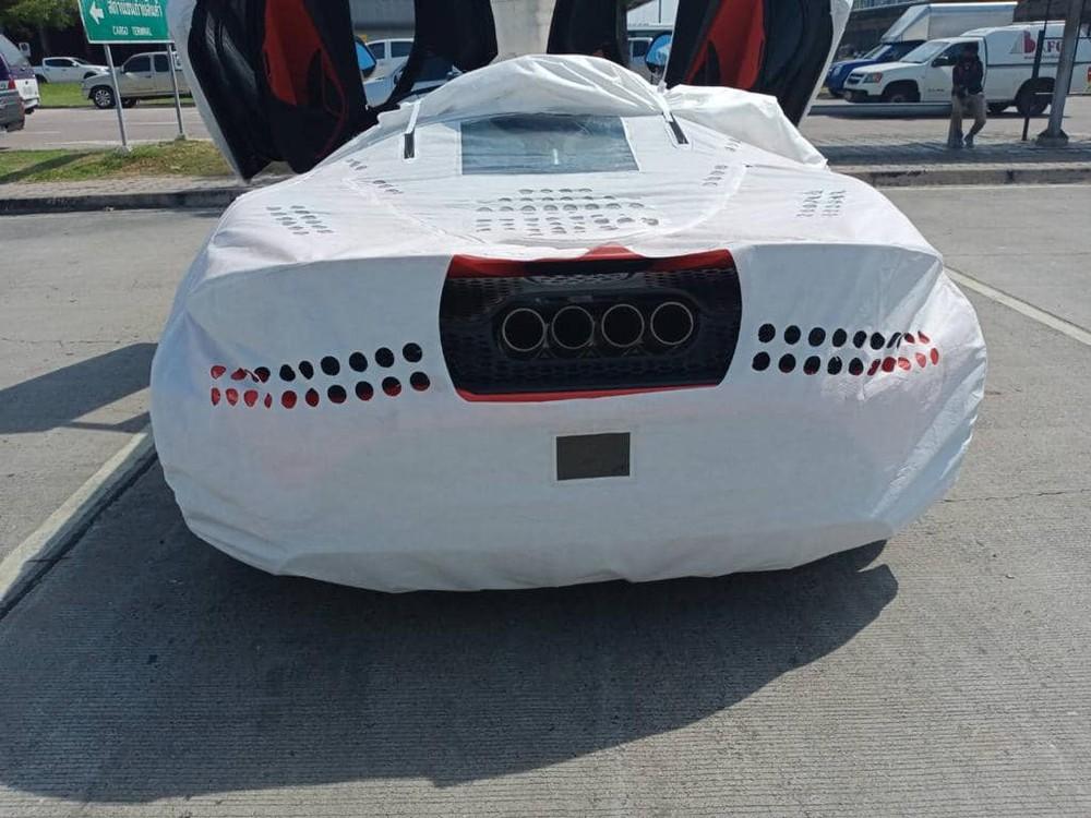 Siêu xe McLaren 765LT chỉ có 765 chiếc được sản xuất