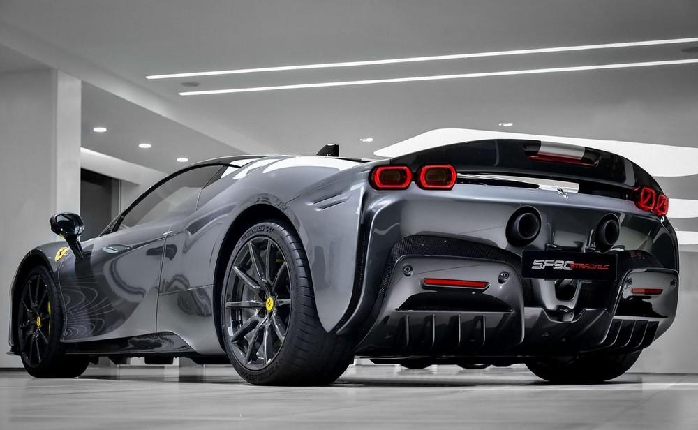 Ferrari SF90 Stradale có giá lên đến 22,3 tỷ đồng tại Hương Cảng