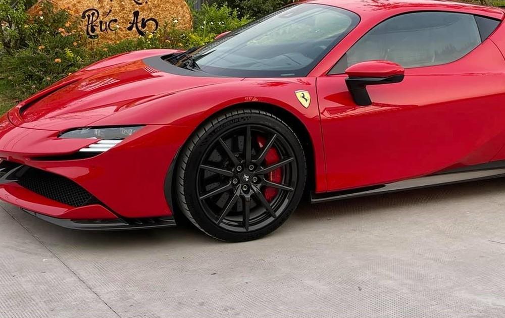 Thiết kế phần đầu của siêu xe Ferrari SF90 Stradale