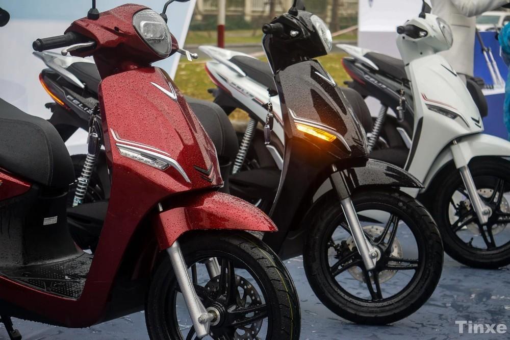 Người dùng Việt đang có xu hướng dịch chuyển sang sử dụng xe máy điện và ô tô