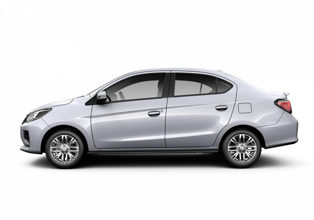 Mitsubishi Attrage màu trắng.