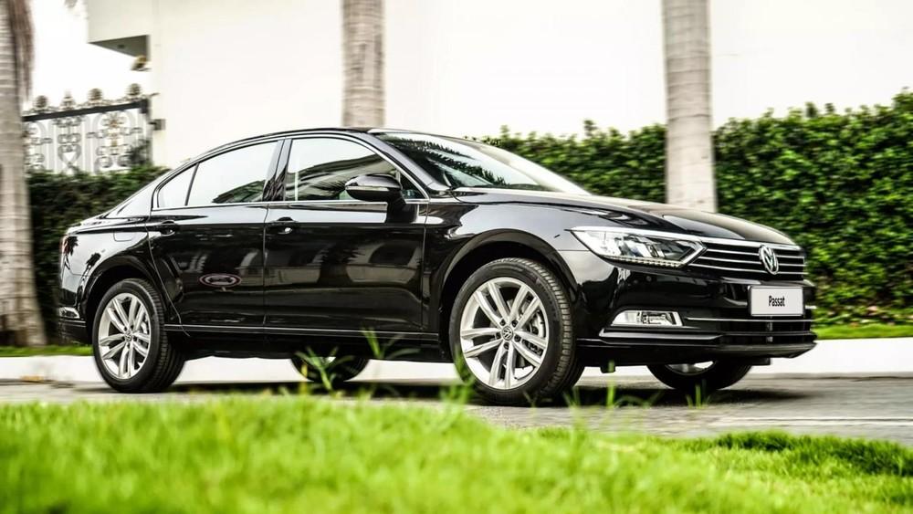 Volkswagen Passat là xe hạng D sang trọng bậc nhất phân khúc.