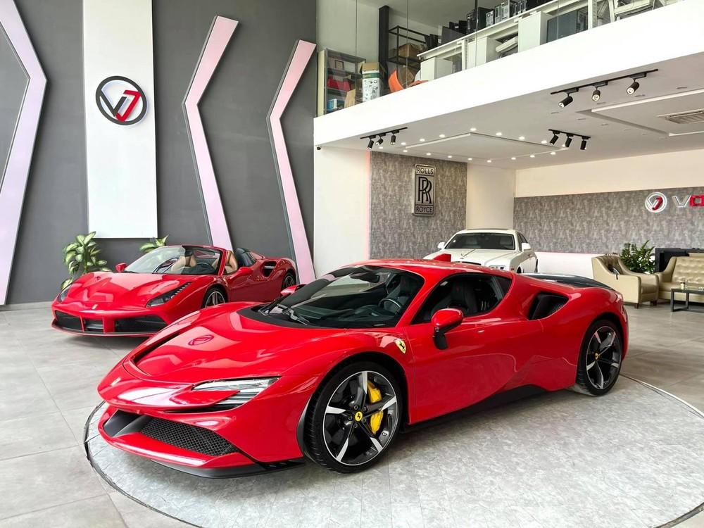Trước đó doanh nhân Gò Vấp đã nhận bàn giao Ferrari SF90 Stradale
