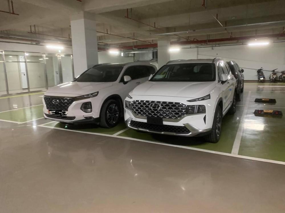Chiếc Hyundai Santa Fe 2021 đầu tiên xuất hiện tại Việt Nam vào đầu tháng 12/2020 là xe phục vụ đại sứ quán.