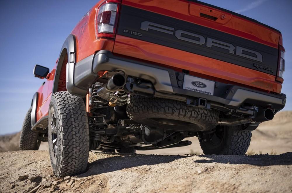 Hệ thống xả của Ford F-150 Raptor 2021 có 4 chế độ