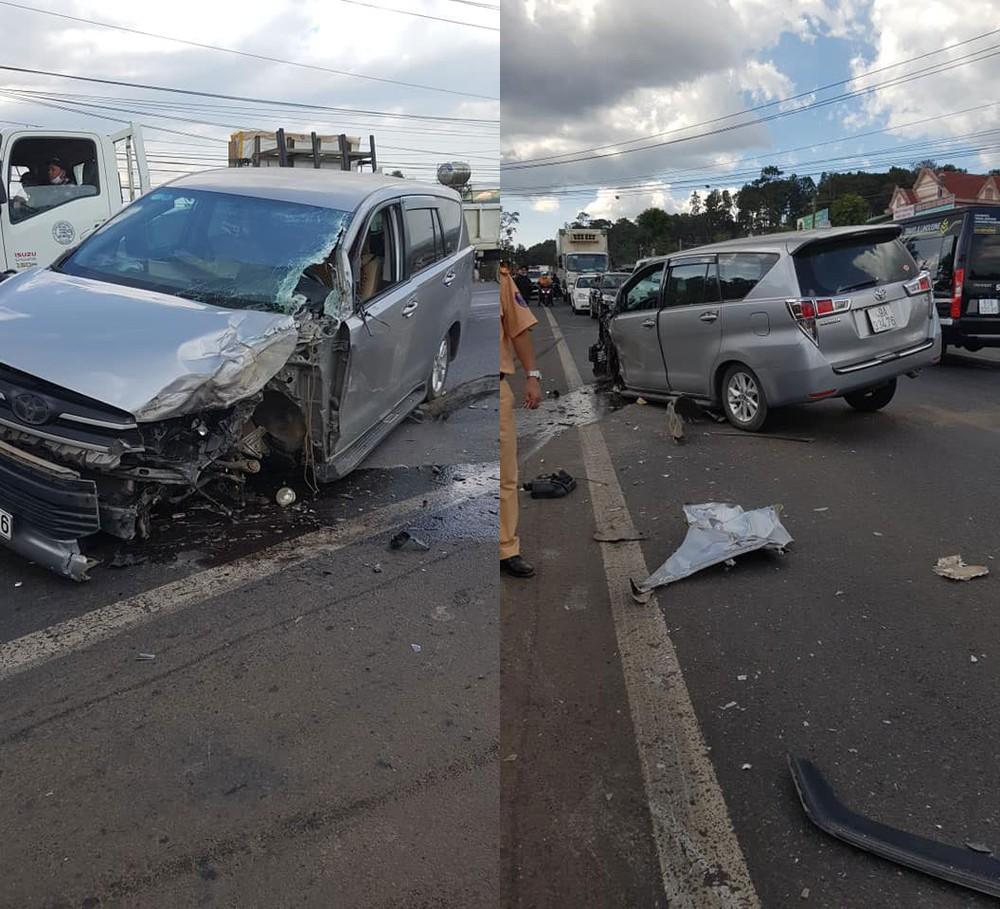 Chiếc Toyota Innova bị hư hỏng nặng sau vụ tai nạn