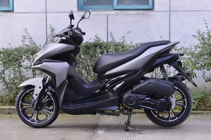 Mẫu xe Trung Quốc nhái Yamaha NVX 155