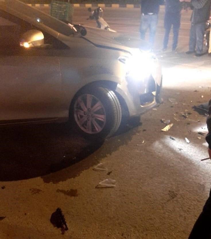 Chiếc Toyota Vios bị gãy trục trước