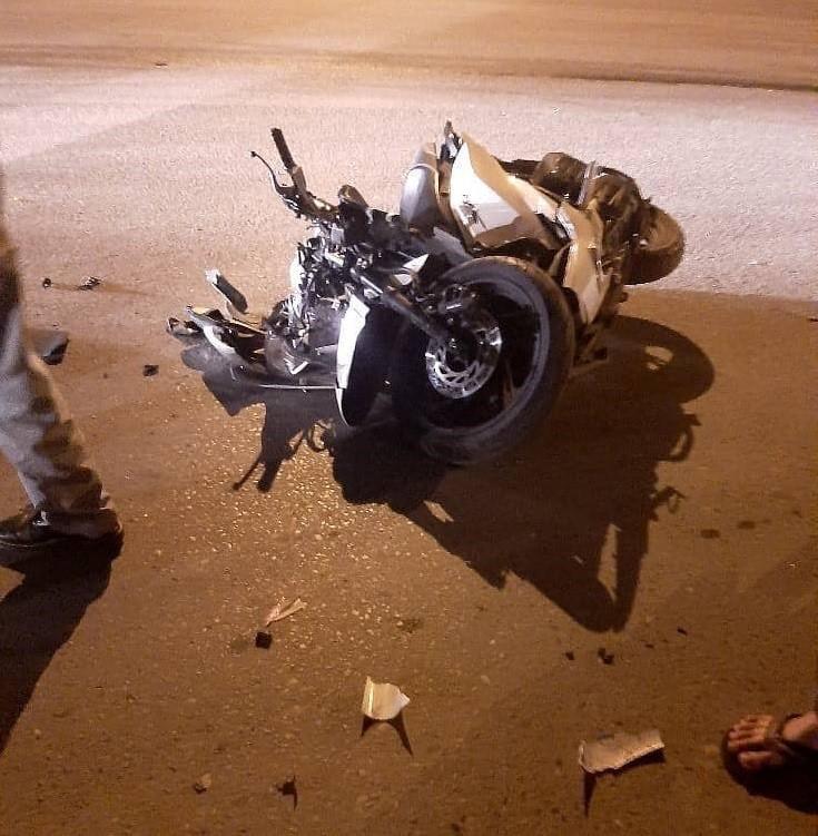 Chiếc Honda SH bị vỡ nát sau vụ tai nạn
