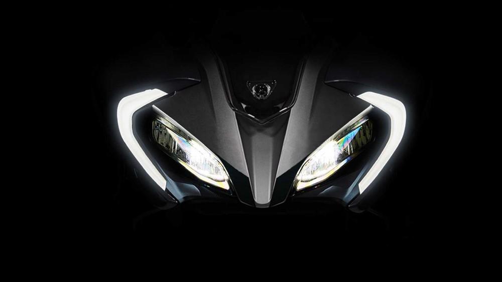 Cụm đèn pha của CFMoto 300SR 2021