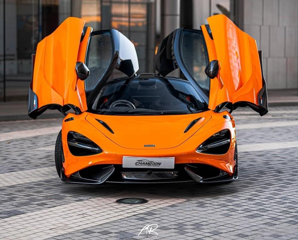 McLaren 765LT đầu tiên bàn giao cho khách hàng Hồng Kông