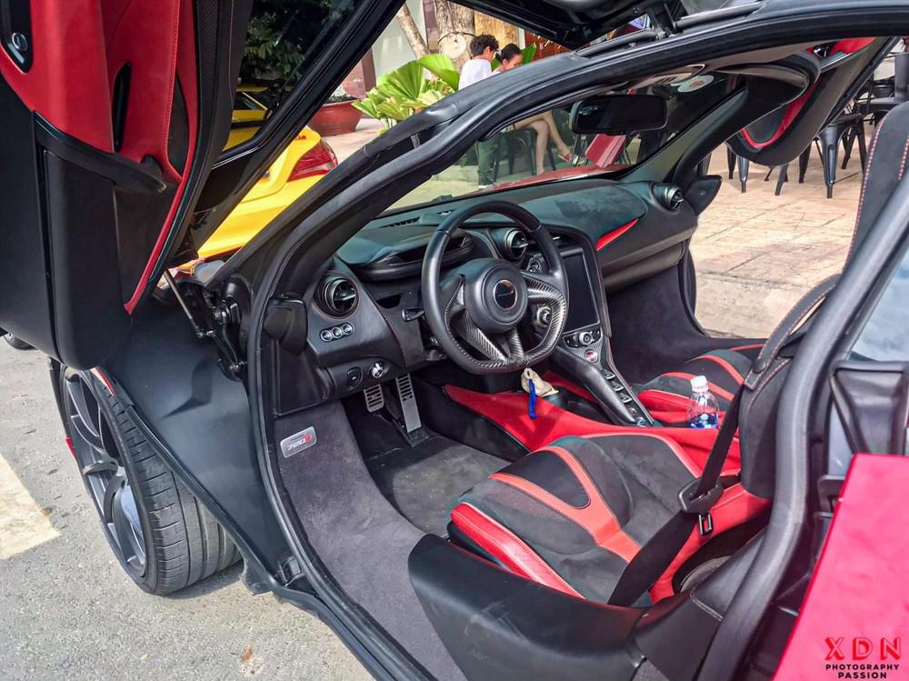 Nội thất siêu xe McLaren 720S mới về Đồng Nai