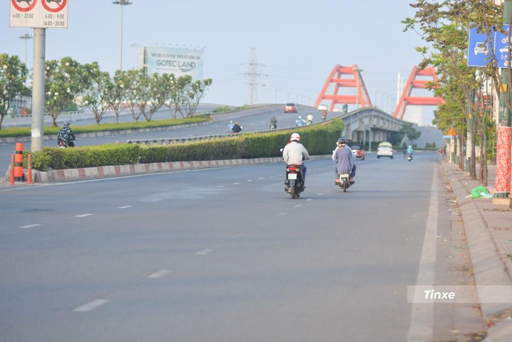 Được biết, do dịch Covid-19 bùng phát trước Tết nên nhiều công nhân và người lao động chủ động ở lại Sài thành đón Tết thay vì về quê.