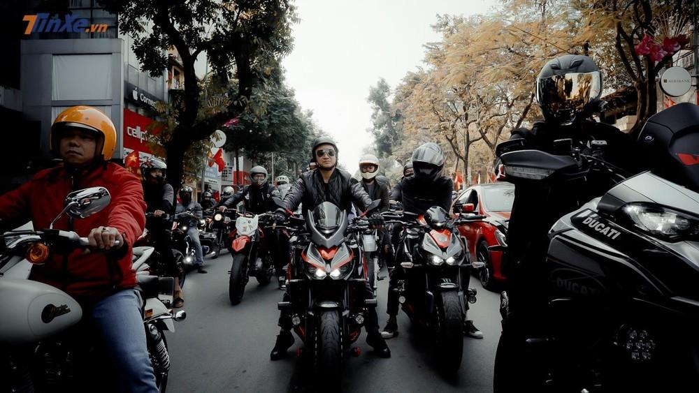 Cặp đôi Kawasaki Z1000 thần thánh
