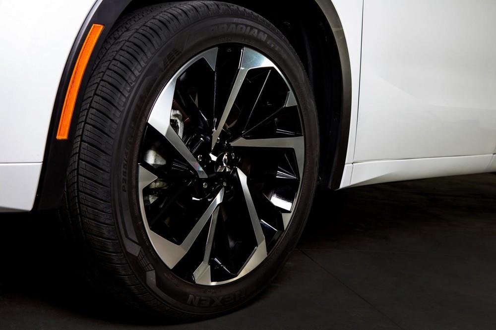 Bộ vành hợp kim 20 inch của Mitsubishi Outlander 2021