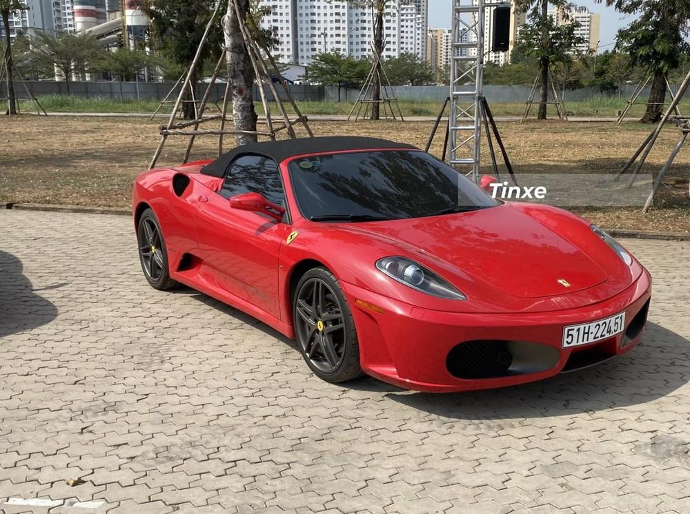 Giới mê xe tin rằng chỉ có 5 chiếc Ferrari F430 Spider tại Việt Nam