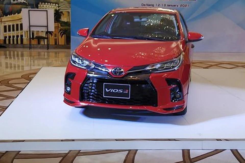Toyota Vios 2021 xuất hiện trong một sự kiện nội bộ.