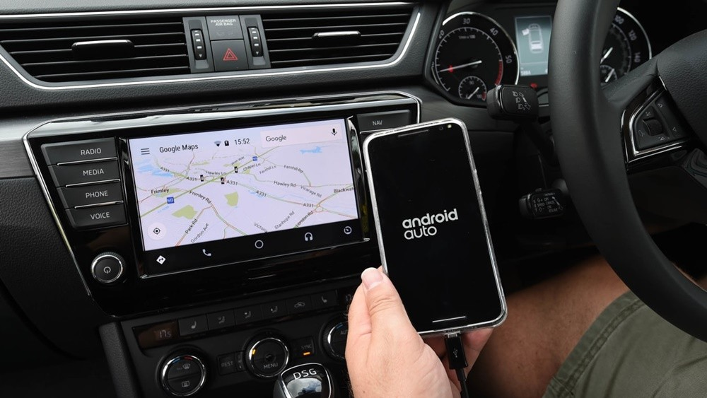 Công nghệ Android Auto góp phần giảm thiểu tai nạn, đảm bảo an toàn khi tham gia giao thông.