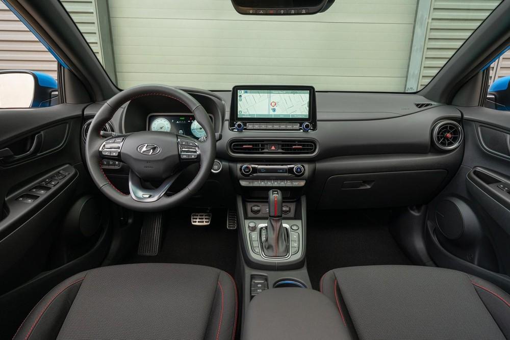 Nội thất bên trong Hyundai Kona N Line 2022