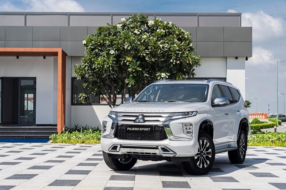 """Được nâng cấp giữa vòng đời vào đầu tháng 10/2020 nhưng cho đến nay Mitsubishi Pajero Sport vẫn chưa thực sự """"bật"""" lên trong phân khúc."""