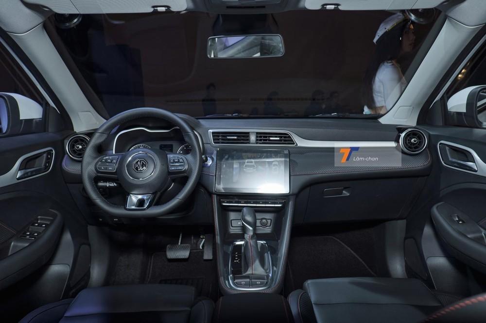 Nội thất bên trong xe MG ZS 2021.