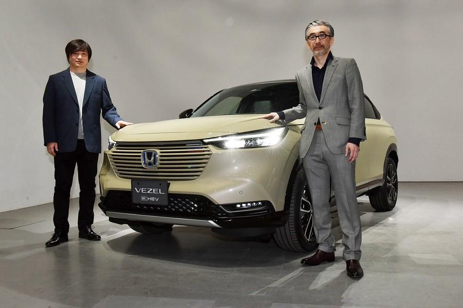Honda HR-V 2021 nhìn từ phía trước