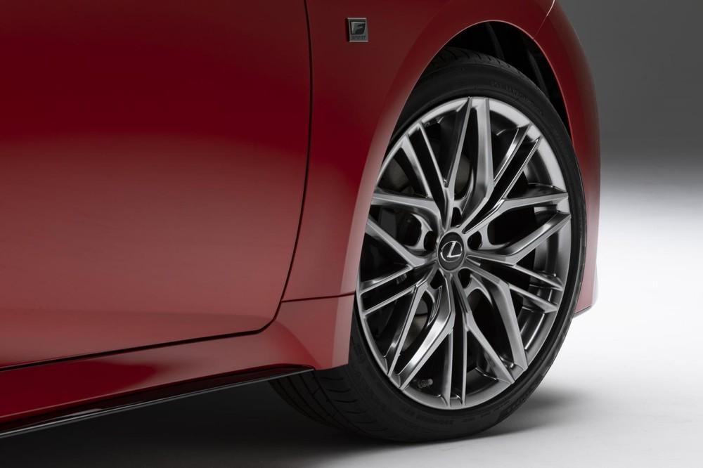 Bộ vành của Lexus IS 500 F Sport Performance 2022