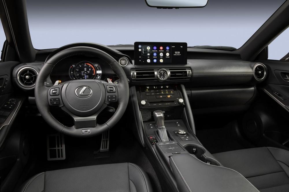 Nội thất bên trong Lexus IS 500 F Sport Performance 2022