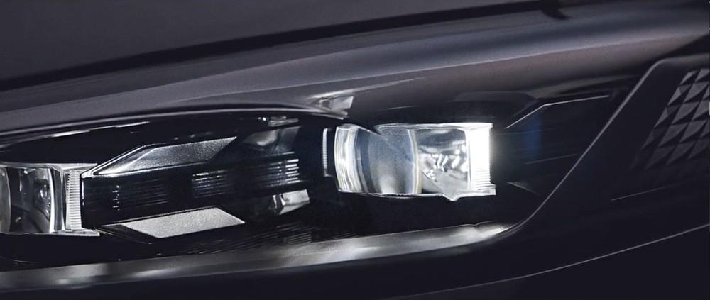 Đèn pha của Kia K8 2022