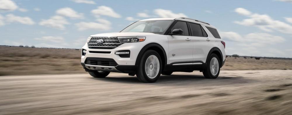 Ford Explorer King Ranch 2021 có giá từ 52.350 USD