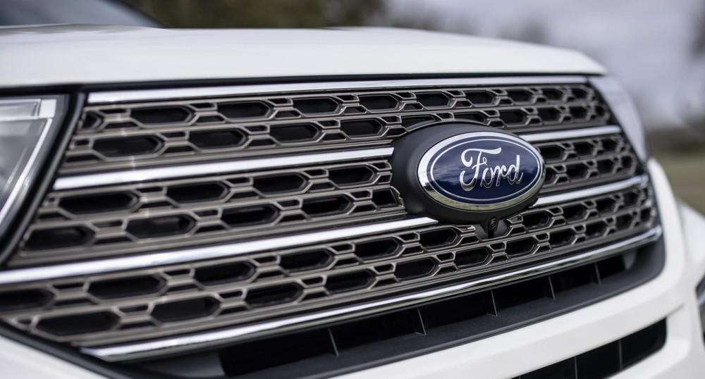 Lưới tản nhiệt của Ford Explorer King Ranch 2021