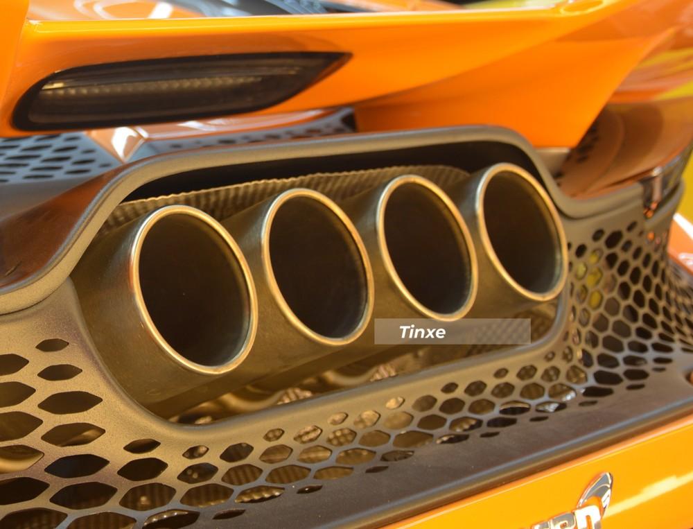 Ống xả của McLaren 765LT