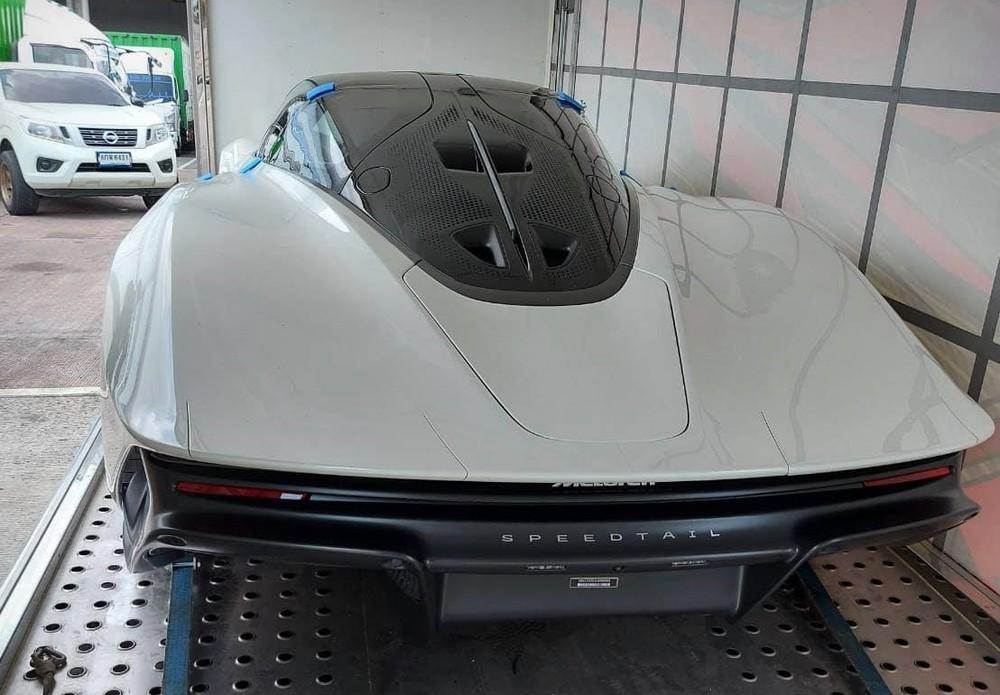 Hình ảnh hiếm hoi của McLaren Speedtail đầu tiên về nước