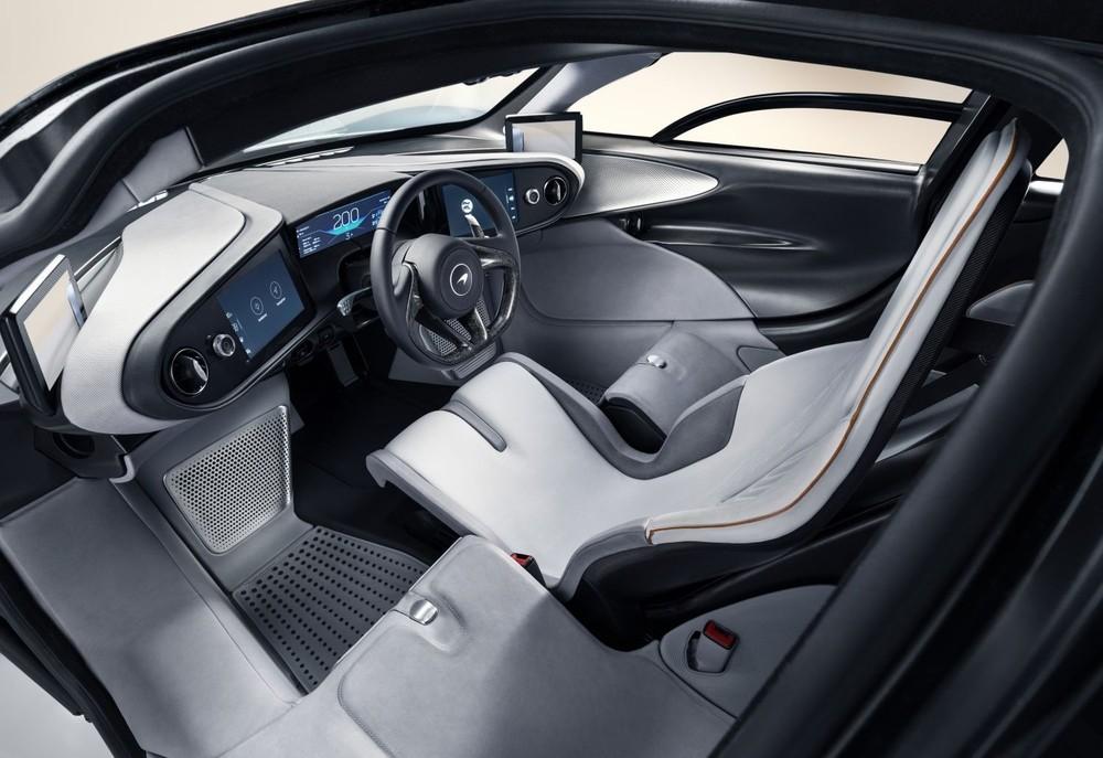 Siêu xe McLaren Speedtail có thiết kế 3 chỗ ngồi