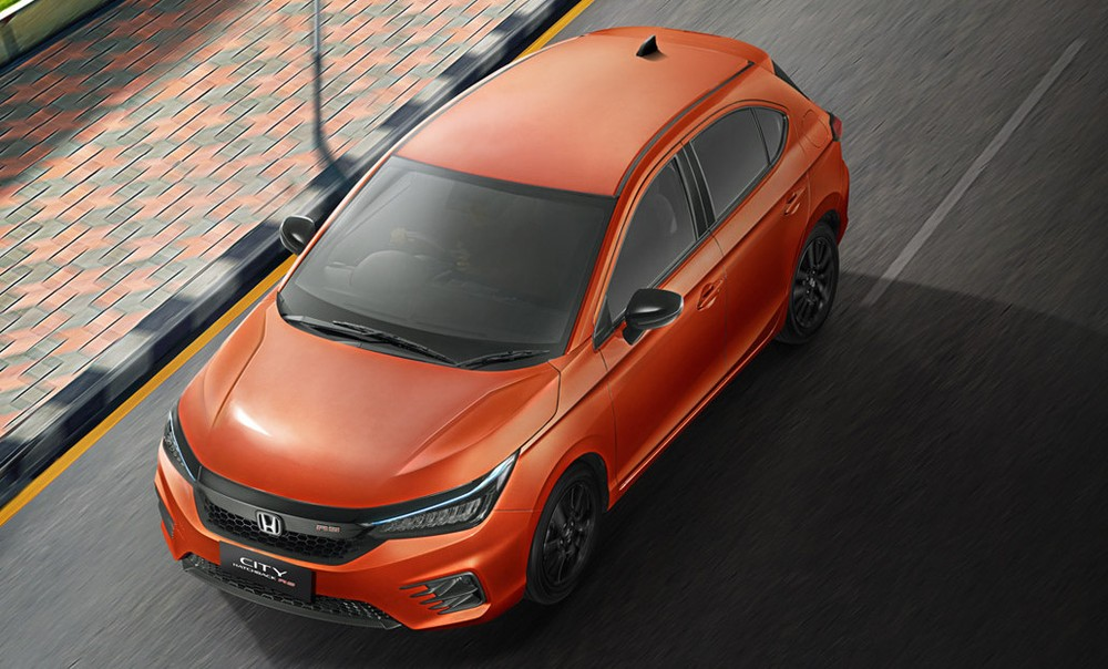 Honda City Hatchback 2021 màu cam bắt mắt