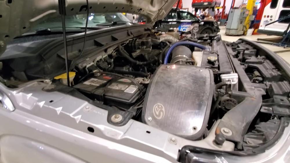 Động cơ V8, dung tích 6.7L của chiếc Ford F-350 Super Duty