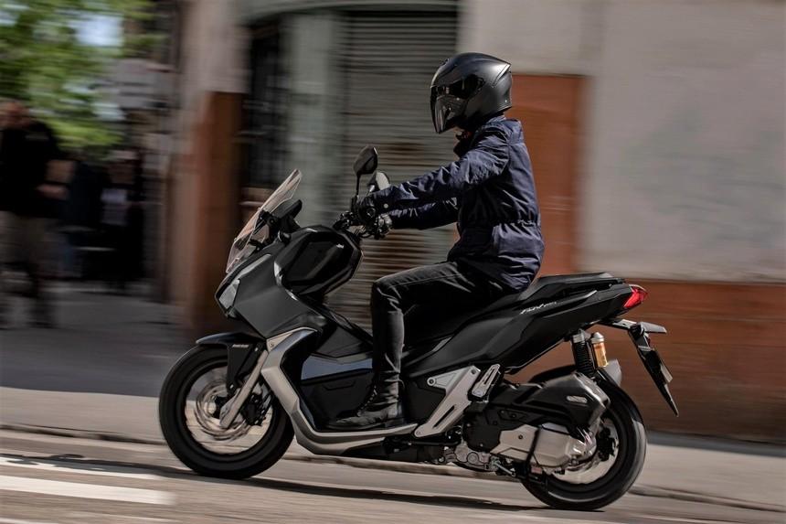 Honda ADV 150 2022 có một số thay đổi nhỏ