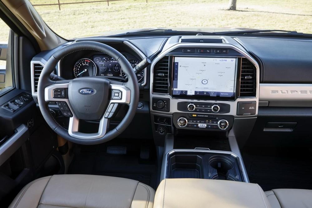 Ford Super Duty 2022 được trang bị màn hình cảm ứng 12 inch