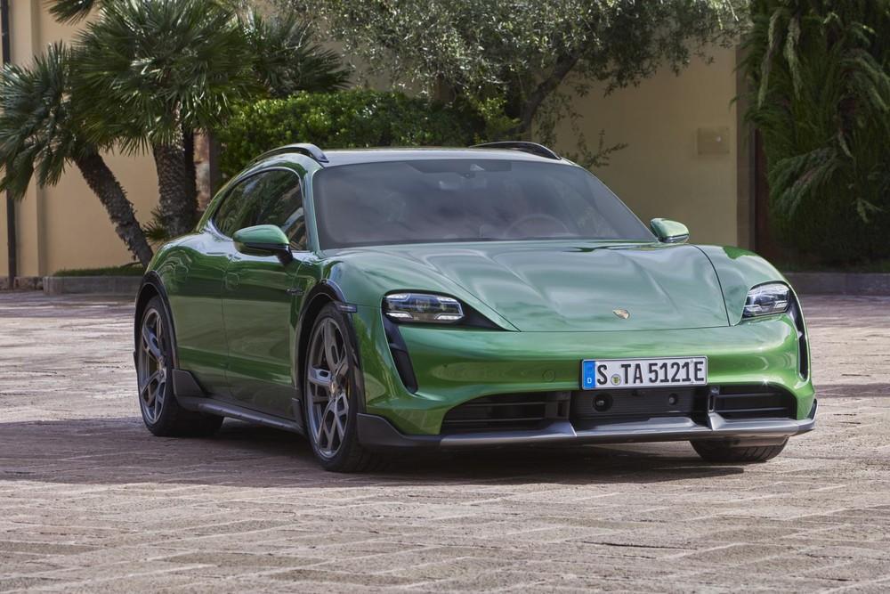 Porsche Taycan Cross Turismo sẽ mang lại khả năng offroad tốt hơn với gói Offroad Design.